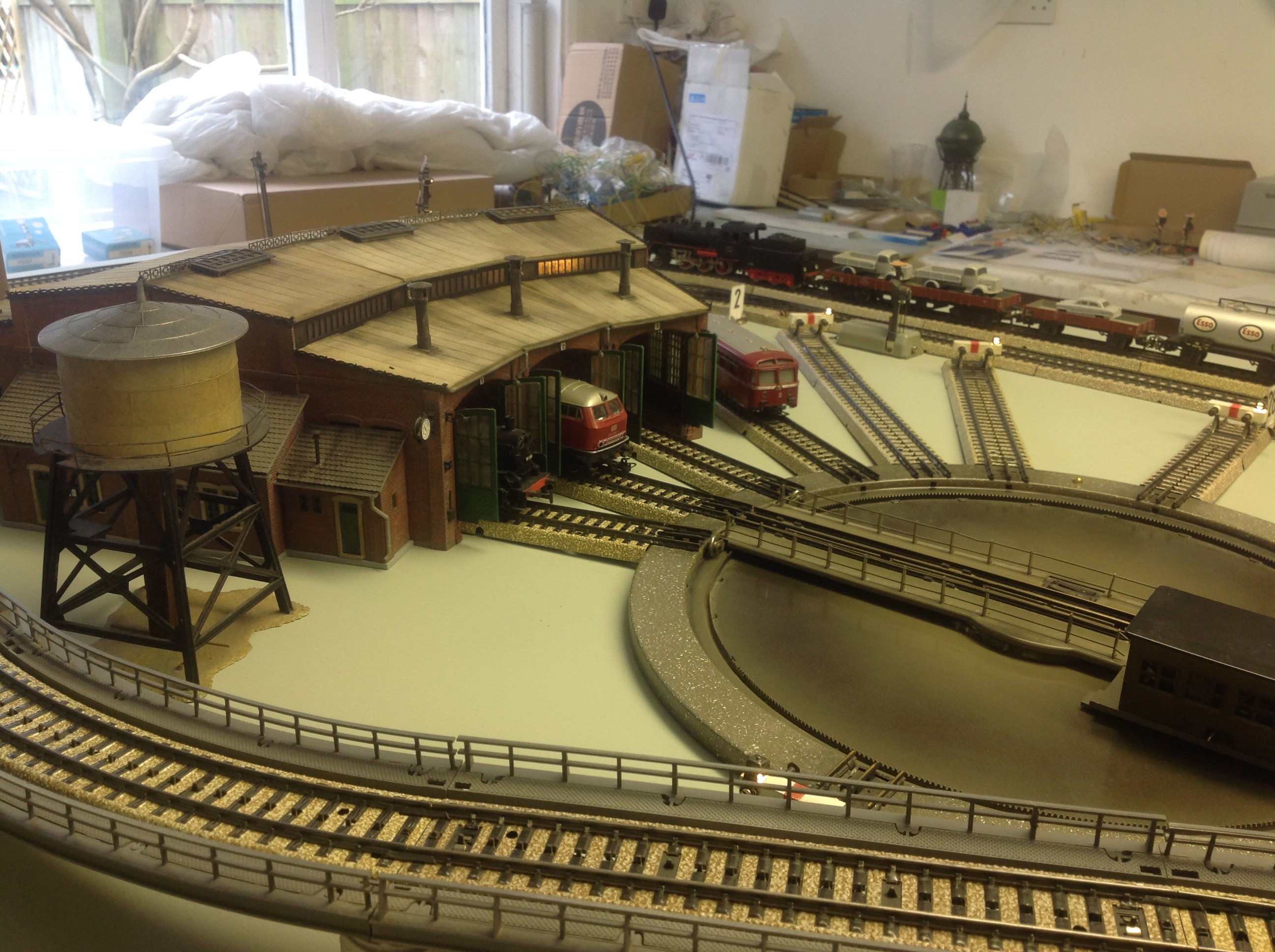 Severn Valley Railway Announce Their First Guest For 2018 Autumn Steam Gala moreover Marklin Maxi 45296 0 6 0 Steam Loco Tender 45297 Pass Car Set moreover Zacks Amazing 4 X 8 N Scale Model Train Layout moreover Layout  bines Simplicity Of Vintage And Realism Of Modern as well Bachmann HO Norfolk Western N W J Class 222027182820. on locomotive repair