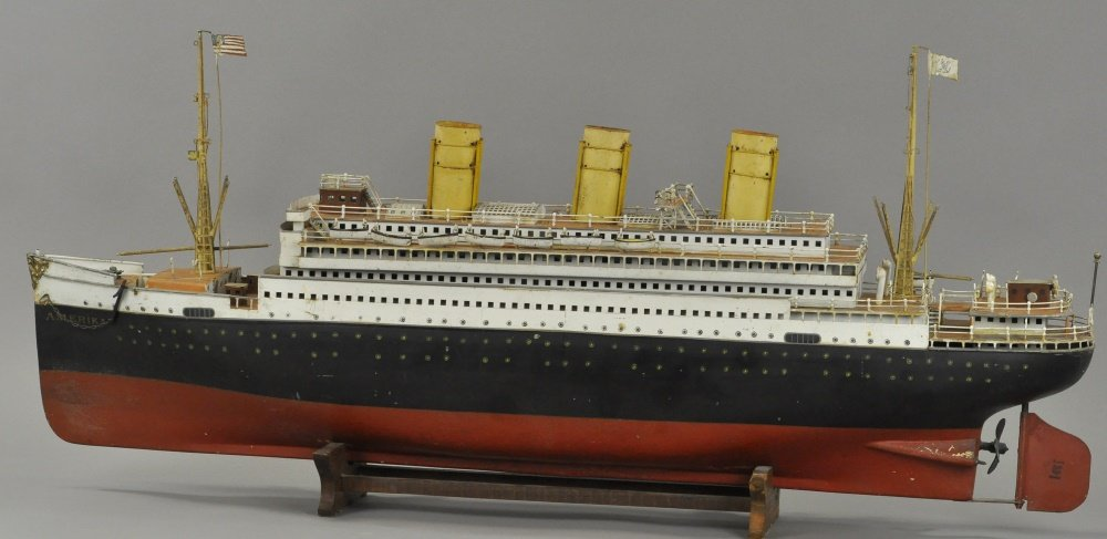 "Marklin steam-powered ""Amerika"" ocean liner"