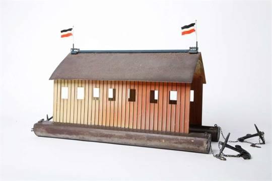 Märklin, 5430/4 Ballonhalle für Zeppelin Luftschiffe von 1909. Source http://www.auktion-hohenstaufen.de/